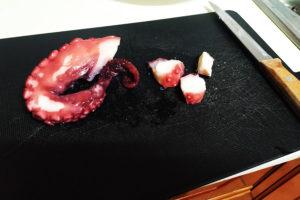 cortar pulpo Takoyaki